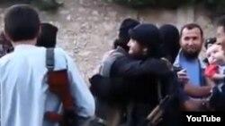 """Скриншот размещенного на хостинге YouTube видео о """"казахских джихадистах в Сирии""""."""