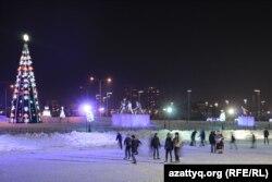 Астанадағы мұз айдынында. 28 желтоқсан 2014 жыл. (Көрнекі сурет.)