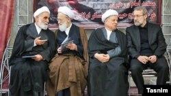 علی لاریجانی، رئیس کنونی مجلس (راست)، در کنار دو رئیس پیشین مجلس؛ اکبر هاشمی رفسنجانی (دوم از راست) و علیاکبر ناطق نوری (چپ)