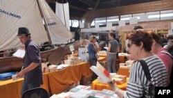 На международном фестивале книги и фильма Etonnants Voyageurs