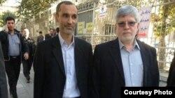 علیاکبر جوانفکر٬ مشاور رسانهای (سمت چپ) و حمیدرضا بقایی (سمت راست) به دادسرای فرهنگ و رسانه احضار شدهاند.