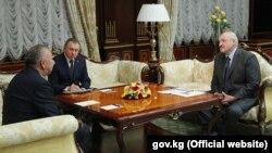 Кубатбек Боронов на встрече с президентом Беларуси Александром Лукашенко.