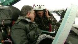 Порошенко передав понад 150 одиниць військової техніки