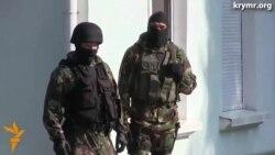 Здание Меджлиса оцепили автоматчики
