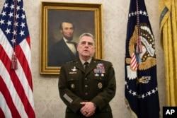 Generalul Mark Milley, șeful Statelor Majore Reunite, Washington, mai 2020.