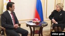 Рустами Эмомалӣ ва Валентина Матвиенко