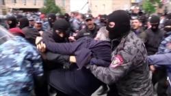 У Єревані затримано одного з лідерів вірменських протестів Нікола Пашиняна (відео)