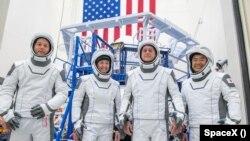 Команда третьей по счету миссии Crew Dragon.