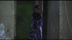Vajza afgane nderon presidentin Obama