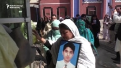 Pakistan Mothers Demand Judicial Inquiry Of School Massacre