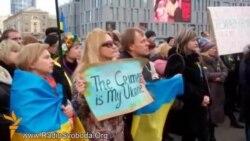 У Дніпропетровську мітингують за неподільність України та на підтримку кримського «референдуму»