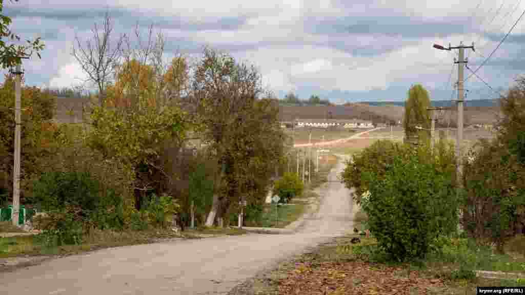 Дорога на Сімферополь. Від Зеленогірського до автотраси «Таврида» близько 5 кілометрів