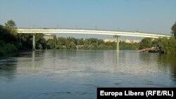 Tiraspol, râul Nistru în zona plajei de la Tiraspol. August 2021