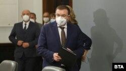 Костадин Ангелов, министъп на здравеопазването