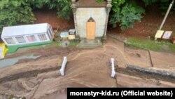 Пострадавший от сели Косьмо-Дамиановский мужской монастырь, Алушта, 5 авгутса 2021 года