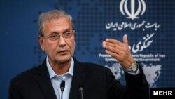 سخنگوی دولت ایران میگوید دولت جو بایدن از زمان آغاز به کار خود بر موضوع آزادی زندانیان آمریکایی تمرکز کرده است.
