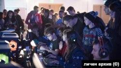 """Първият гейминг турнир през 2019 година. Снимка: Фондация """"Тротоара"""""""