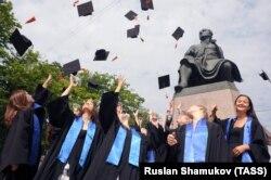 Выпускники Санкт-Петербургского государственного университета (СПбГУ)