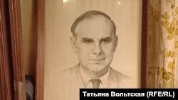 Петр Романков, отец Лёни и Любы. Портрет находится в кабинете Любови Мясниковой