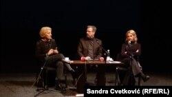 Učesnici panel-dikusije: Mirjana Karanović, Jeton Neziraj i Jasna Đuričić, Priština, 28. oktobar