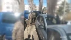 В Крыму силовики задержали активиста Беляла Адилова (видео)