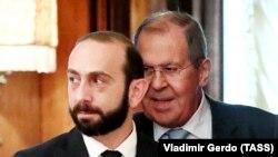 Министр иностранных дел Армении Арарат Мирзоян (слева) и министр иностранных дел РФ Сергей Лавров во время встречи Москва, 31 августа 2021 г. Mirzoian