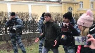 Задержания на шествии памяти Маркелова и Бабуровой
