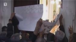 Poslanici SRS-a izazvali incident u Skupštini