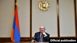 Armenia -- President Armen Sarkissian addresses the nation, November 16, 2020.