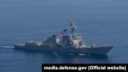 Американський есмінець «Рузвельт» прямує до Чорного моря