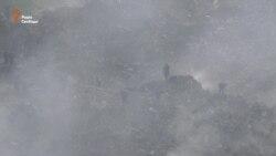 Поблизу Львова шукають трьох рятувальників, яких накрило лавиною сміття (відео)