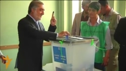 Presidential Candidate Abdullah Abdullah Casts Ballot In Runoff Vote