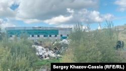 202-й куст Приобского месторождения «Роснефти». Ручей, который тут начинается, впадает в Обь.