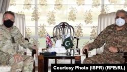قمر جاوید باجوه لوی درستیز اردوی پاکستان و جنرال نیکولاس پتریک کارتر لوی درستیز بریتانیا