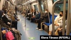 O călătorie cu metroul va costa 3 lei de la 1 august, față de 2,5 lei cât e în prezent.