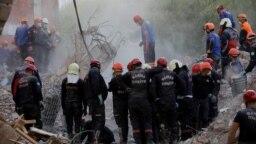 Жер сілкінісінен кейінгі құтқару жұмыстары. Измир, Түркия, 2 қараша 2020 жыл.