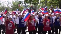 Севастополь: дети вышли на парад в военной форме (видео)
