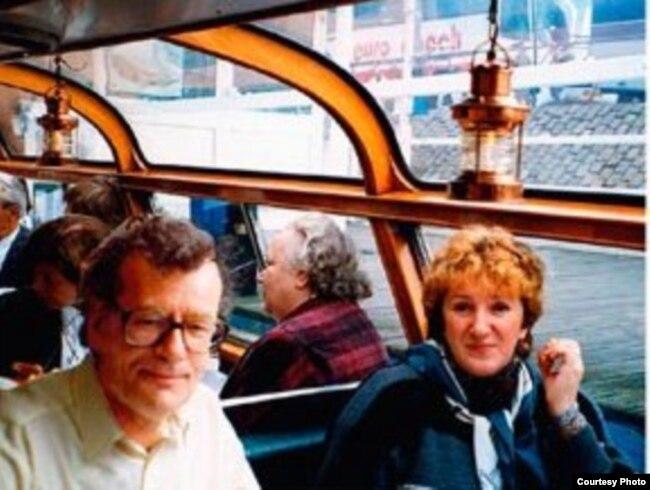 Кронид Любарский и Галина Старовойтова. 1990-е.