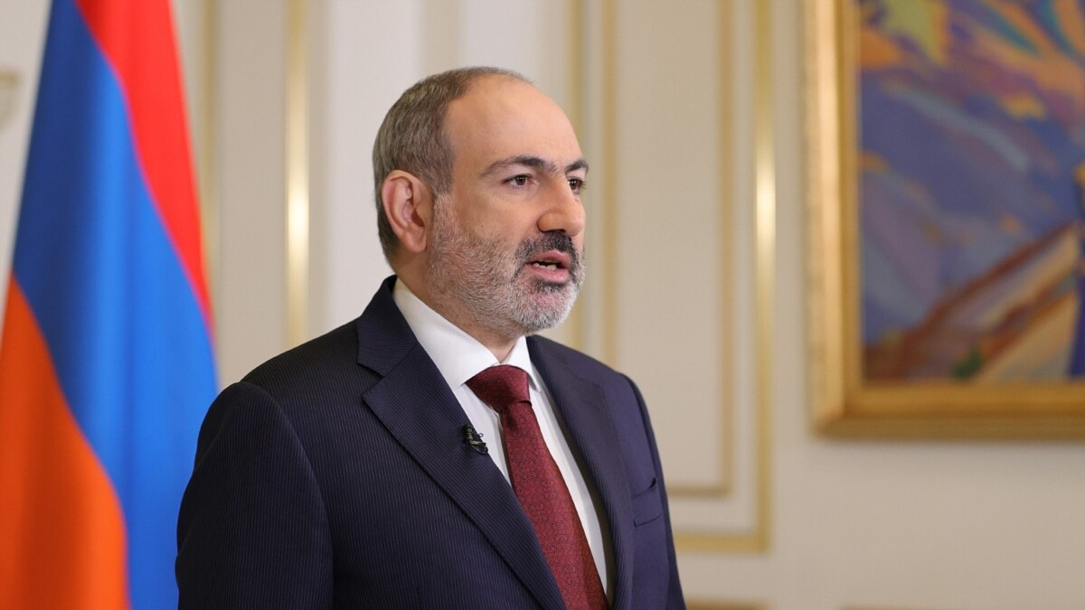 Armenian PM Calls Early Elections