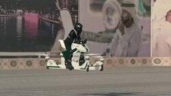 Dubay polisi üçün qeyri-adi motosiklet (REUTERS)