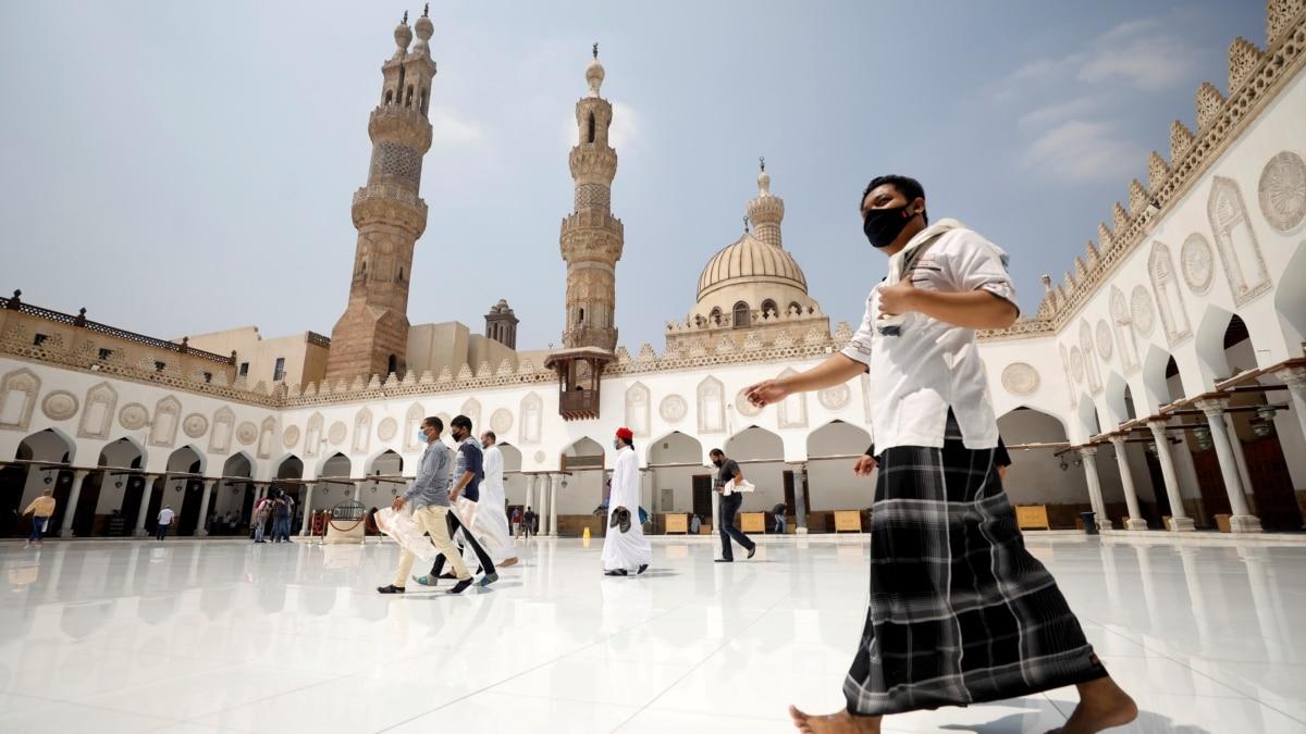Uzbek Religious Students Recalled From Egypt, Turkey In New Crackdown
