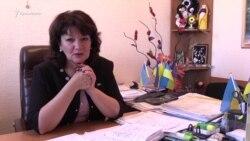 Gülnara Bekirova: evinde ve işte (video)