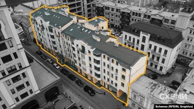 У червні 2020 року Волинець продав свою двокімнатну квартиру в Києві на Подолі за 4 мільйони гривень