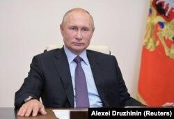 Владимир Путин в Ново-Огарево под Москвой, 23 июля 2020 года