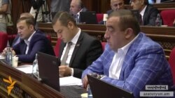 Ուրիխանյանի օրինագիծը մերժվեց. ՀՀԿ-ն առաջ է տանում նույնականացման քարտով քվեարկելու իր օրինագիծը