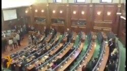 Gazi lotsjellës ndërpret punimet e Kuvendit