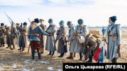 Участники реконструкции Волочаевского сражения