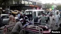 زخمیان حمله در میدان هوایی کابل