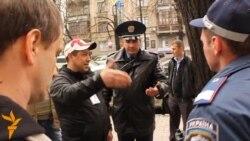 «Таксисти проти урядовців та ДАІ»