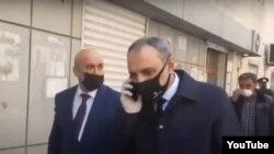 Kamran Əliyev itkin hərbçilərin valideynlərinin yanına gedib. 8 aprel 2021